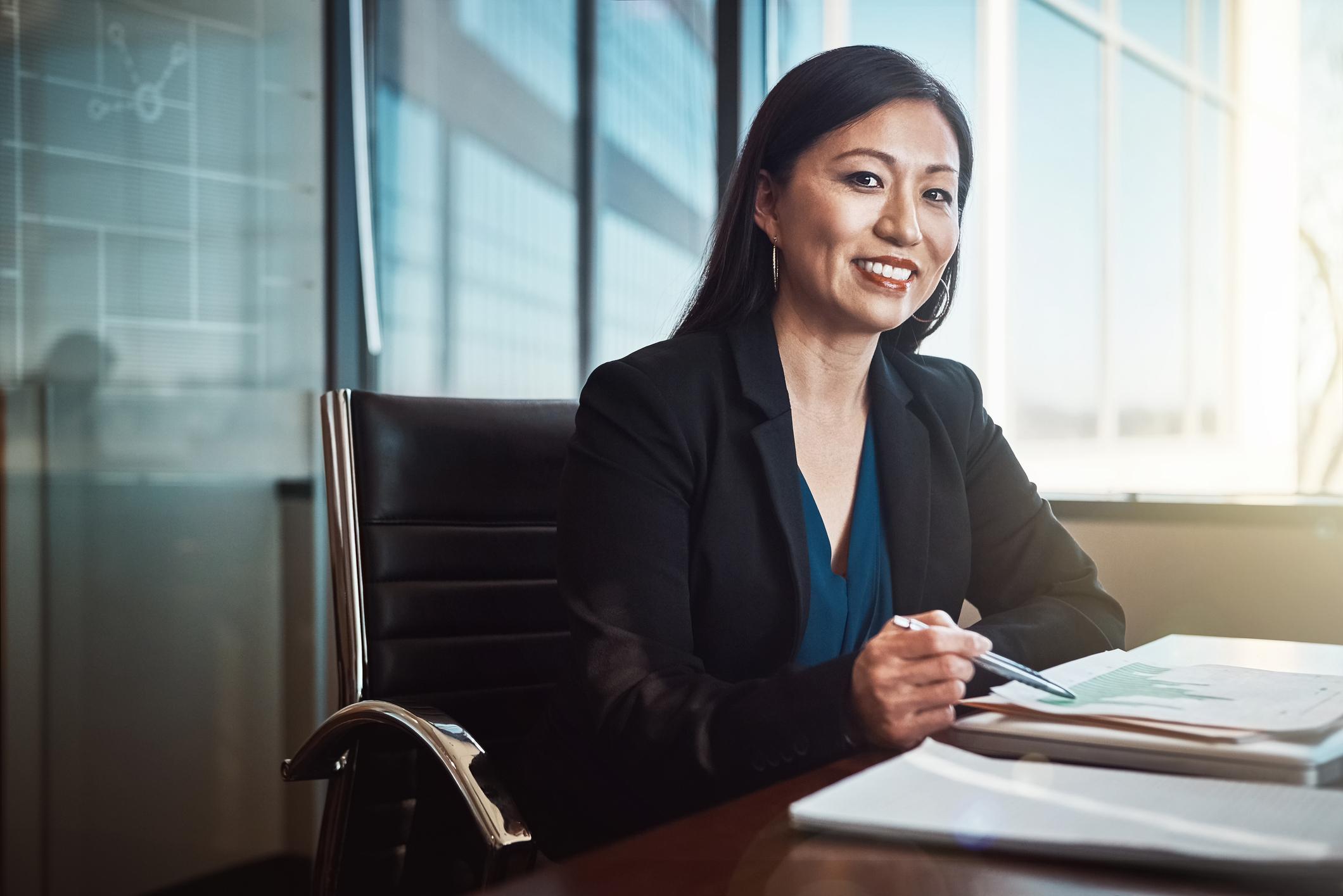 lawyer-client-mature